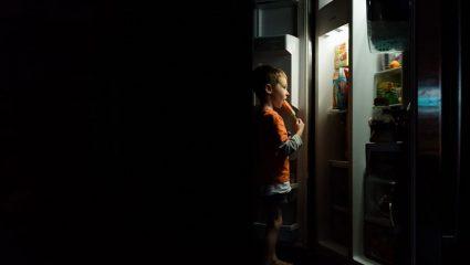 5 εικόνες που τρομάζουν έναν πεινασμένο όταν σηκώνεται και ανοίγει το ψυγείο