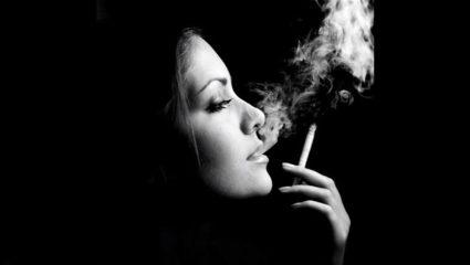 Ποιοι κρύβονται πίσω από τις αηδιαστικές εικόνες στα τσιγάρα