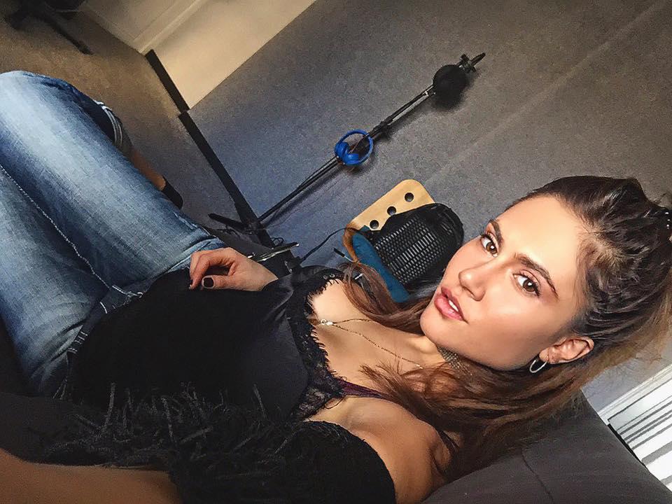 Crash test: Ποιο υπέροχο κορίτσι των Otherview κερδίζει στα... σημεία; (Pics)