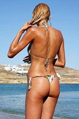 Η Στέλλα Δημητρίου είναι η ξανθιά που όλοι ερωτευτήκαμε (Pics)