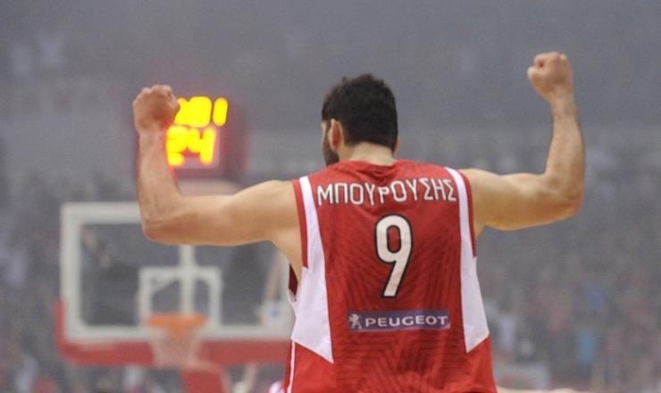 Ποιον παίκτη του Ολυμπιακού θα έπαιρνες στον ΠΑΟ και ποιον του «Τριφυλλιού» θα έφερνες στους «Κόκκινους»;