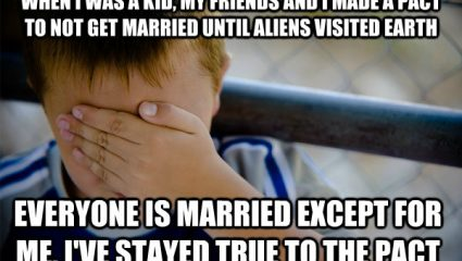 Τι έχεις να επιδείξεις στους παλιούς συμμαθητές που παντρεύονται;