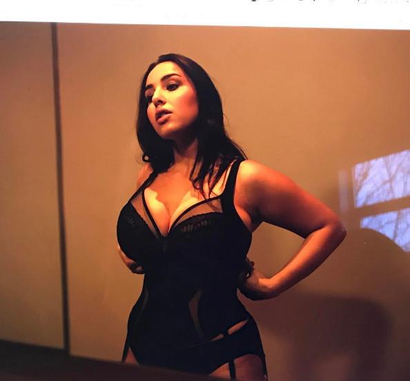 Τζάντα φωτιά σεξ βίντεο μεγάλο βυζί cum πορνό