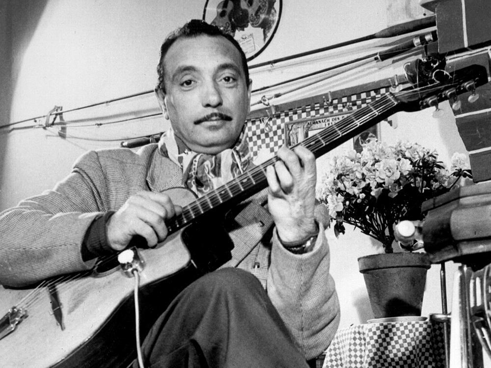 «Αφανίστε τους Ρομά»: Ο κιθαρίστας για τον οποίο οι Ναζί παράκουσαν την εντολή του Χίτλερ