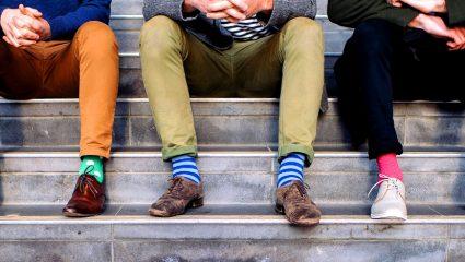 Τι χρώμα κάλτσες δεν πρέπει να βάζεις ποτέ!