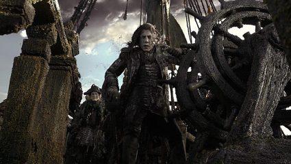 Dead Men Tell No Tales: Το νέο trailer δείχνει ότι ο Μπαρδέμ είναι γεννημένος για κακός