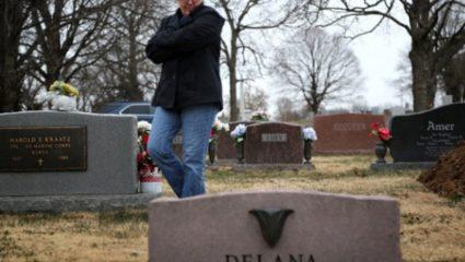 Η παράνοια με την οπλοκατοχή στην Αμερική και τα όρια της τραγωδίας