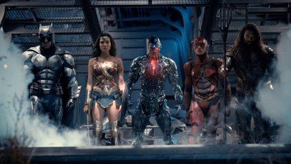Η Justice League, ο Deadpool και ο Logan: Το κινηματογραφικό mashup της εβδομάδας