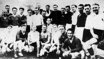 «Ο Αγώνας του Θανάτου»: Όταν 11 ποδοσφαιριστές επέλεξαν να… κλοτσήσουν αντί να χαιρετίσουν τον Χίτλερ
