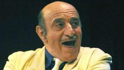 Οι 9 ατάκες του Κώστα Τσάκωνα με τις οποίες θα κλαίμε πάντα απ' τα γέλια (Vids)