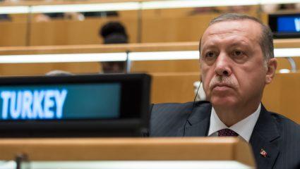 Ο Ερντογάν στο επίκεντρο της Ευρώπης, ο Ερντογάν το κέντρο της Τουρκίας