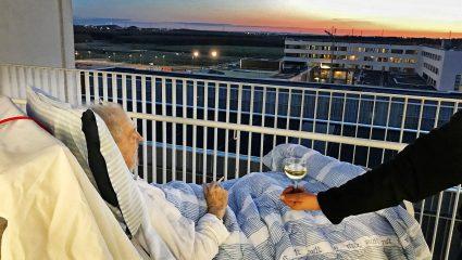 Ένα κρασί, ένα τσιγάρο και ένα ηλιοβασίλεμα: η τελευταία επιθυμία ενός ετοιμοθάνατου που έγινε viral!