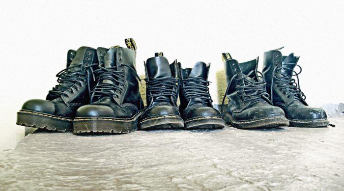 Αν έχεις φορέσει ένα από αυτά τα ζευγάρια παπούτσια στο σχολείο, τότε είσαι πλέον γεροντάρα (Pics)
