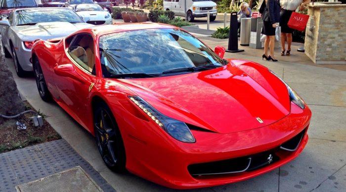 Τέρμα τα γκάζια: Οι παίκτες με τα πιο ακριβά αυτοκίνητα στην Ελλάδα (Pics)