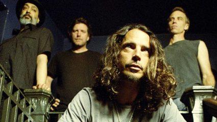 R.I.P μεγάλε Κρις Κορνέλ: Οι οπαδοί του grunge σε χαιρετούν!