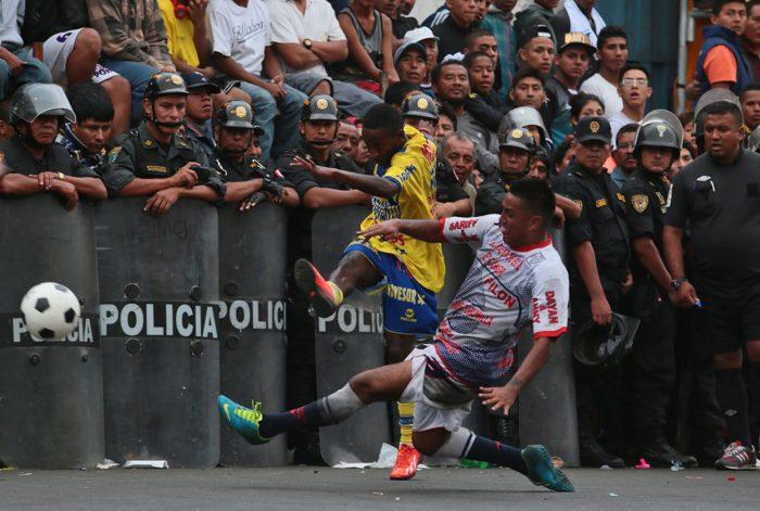 Ξύλο, αίμα και τάκλιν για θάνατο: Το ματς που κάνει το Μπόκα - Ρίβερ να μοιάζει παιδική χαρά (Pics)
