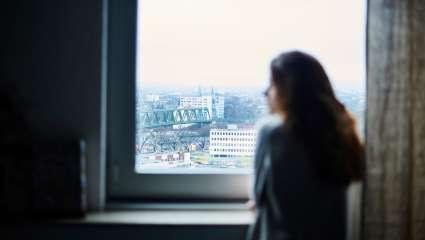 Η σοκαριστική τάση που εξελίσσεται στην Αγγλία: Ιδιοκτήτες που ζητούν σεξ αντί για νοίκι! (Vid)