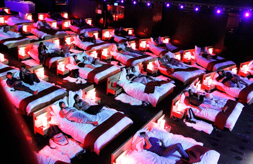 Αίθουσες κινηματογράφου… για ύπνο! Μία ελληνική ανάμεσα στις ωραιότερες του κόσμου (Pics)