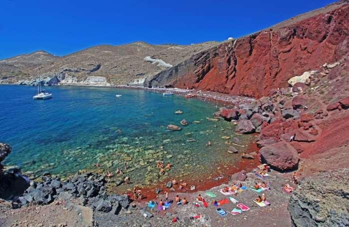 Από Σαντορίνη μέχρι Πάρο: Τα πιο υπερεκτιμημένα ελληνικά νησιά
