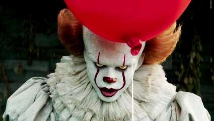 «It»: Ο σατανικός Pennywise επιστρέφει 27 χρόνια μετά και… διψά για αίμα (Pics & Vids)