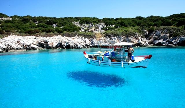 3 νησιά που μπορείς να κάνεις βασιλικές διακοπές με 50 ευρώ (Pics)