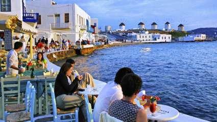 Καλοκαίρι «ανάπτυξης»: 30 εκατομμύρια τουρίστες φέτος στην Ελλάδα