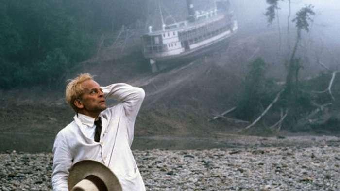 Τα τραγικά δυστυχήματα που σημάδεψαν τις 8 πιο επικίνδυνες ταινίες στην κινηματογραφική ιστορία