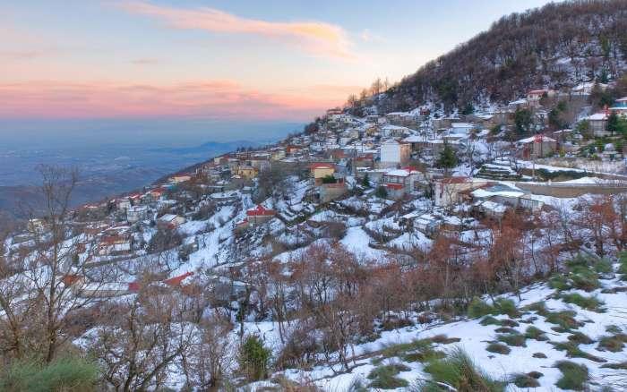 Για τολμηρούς: 6 απόκοσμα μέρη της Ελλάδας που πρέπει να επισκεφτείς (Pics)