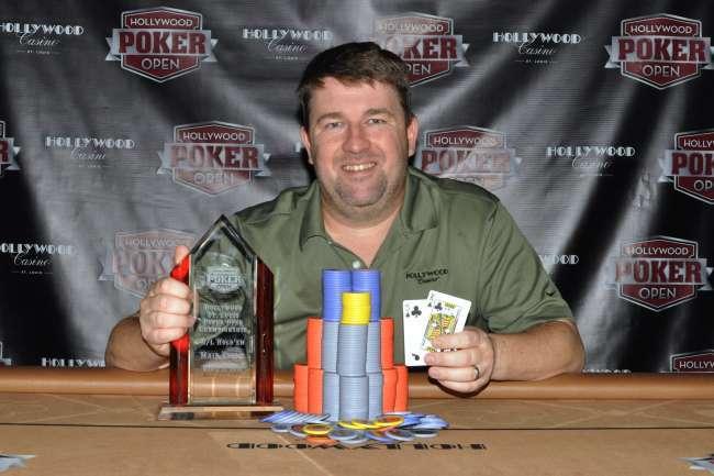 1.800.000 χωρίς φύλλο: Ο ερασιτέχνης που έκανε την κορυφαία μπλόφα στην ιστορία του πόκερ