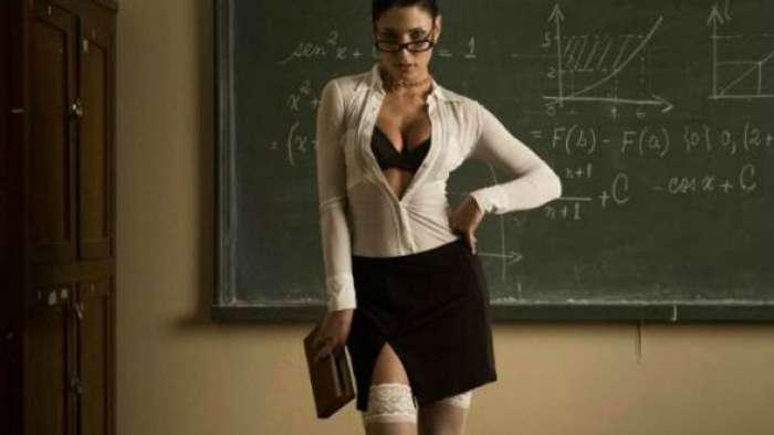 Προσπαθώντας να ξεφύγεις ( ; ) από ξαναμμένες καθηγήτριες: Η «καυτή» μέρα ενός μαθητή στις ΗΠΑ!
