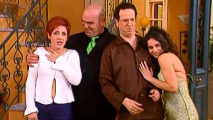 Κουίζ για αυθεντίες: Θυμάσαι ποιος από τους πρωταγωνιστές του «Κωνσταντίνου & Ελένης» είπε αυτές τις 10 θρυλικές ατάκες;