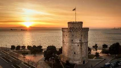 Ούτε σουβλάκι-καλαμάκι ούτε κασέρι-τυρί: Η «ξεχασμένη» λέξη που διαφέρει σε Θεσσαλονίκη-Αθήνα και φουντώνει την… κόντρα