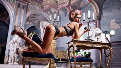 Εδώ δε χωράνε οπαδικά: Αθλήτρια του Παναθηναϊκού γυμνή στο Playboy! (Pics)