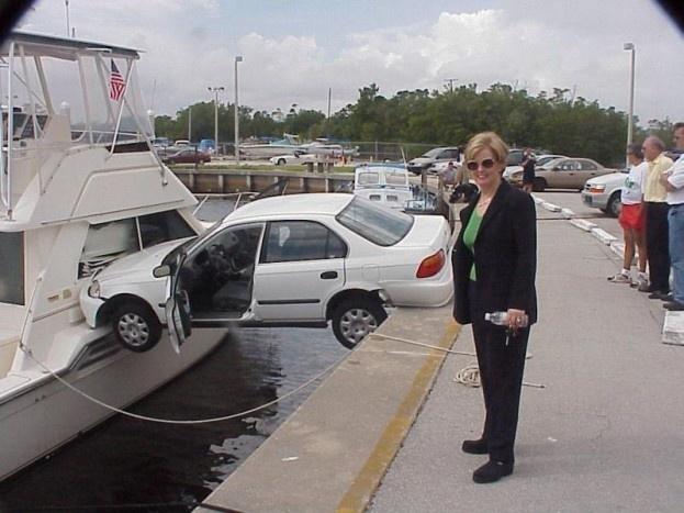 6 κάφρικα σχόλια που ακούει μια γυναίκα την ώρα που προσπαθεί να παρκάρει