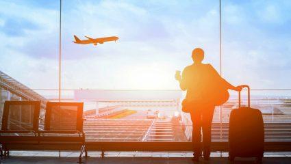 Πανικός VS Ατρόμητος: Οι 5 τύποι που συναντάς στο αεροπλάνο όταν αρχίσει να «κουνάει»