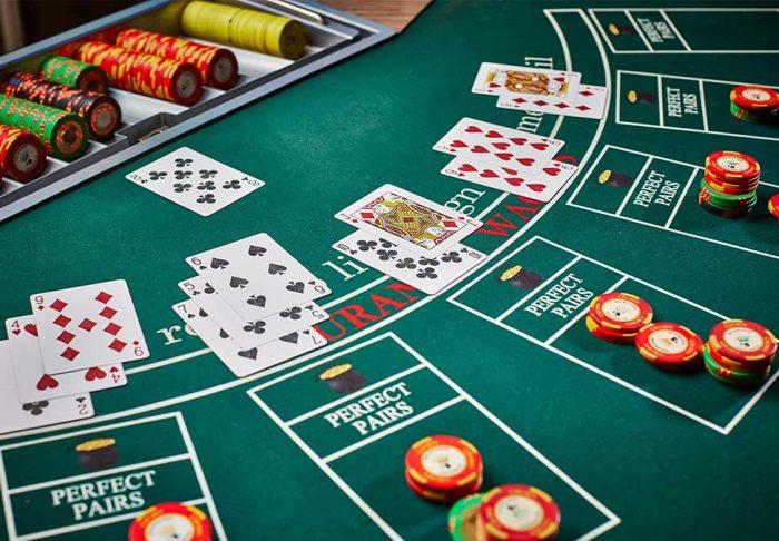 Blackjack, το μεγάλο κόλπο: Η ομάδα φοιτητών που «μάδησε» τα Καζίνο του Λας Βέγκας