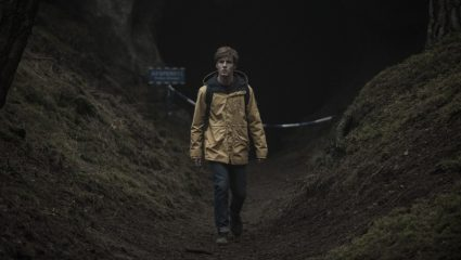 Dark: Η σειρά του Netflix θα σου «τινάξει τα μυαλά στον αέρα»