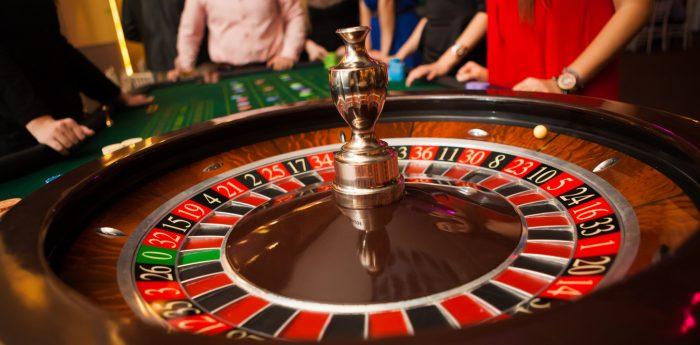 Έκλεψε τον ντίλερ: Ο παίκτης που έκανε το μεγαλύτερο κόλπο στην ιστορία της ρουλέτας roulette