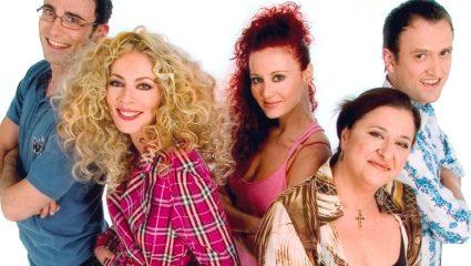 Τεστ παρατηρητικότητας: Τι δεν κράτησαν ποτέ στα χέρια τους οι 5 πρωταγωνιστές του «Παρά Πέντε» και για ποιο λόγο;