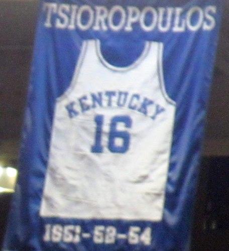 Λου Τσιωρόπουλος: Ο «Χρυσός Έλληνας» που πήρε δύο τίτλους στο NBA