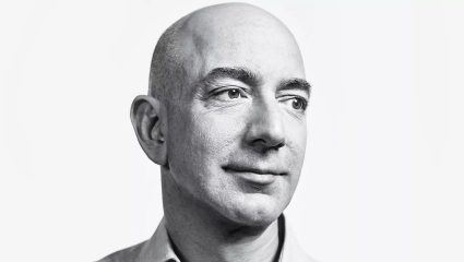 Jeff Bezos: Κατέκτησε τη Γη, τώρα παίρνει σειρά το υπόλοιπο σύμπαν