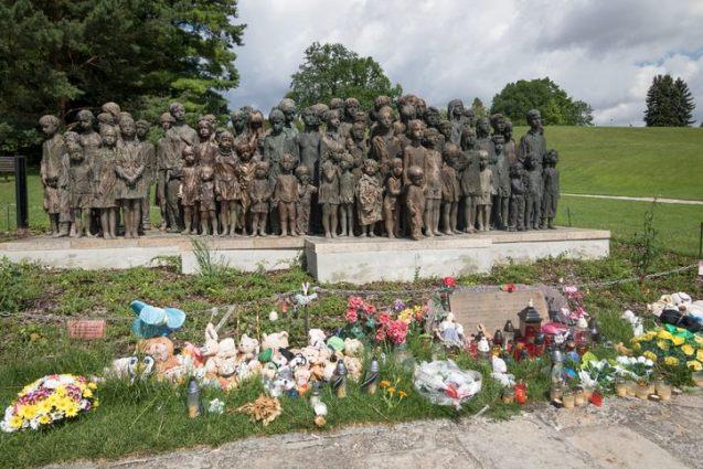 Ράινχαρντ Χάιντριχ: Το «ξανθό κτήνος» που θα διαδεχόταν τον Χίτλερ