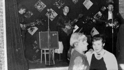 Το μεγαλύτερο «φιάσκο» στην ιστορία της μουσικής: Όταν η πιο θρυλική μπάντα έπαιξε για… 18 άτομα!