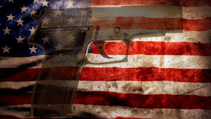 I Call BS: Οι ΗΠΑ «δολοφονούνται» από τον εαυτό τους