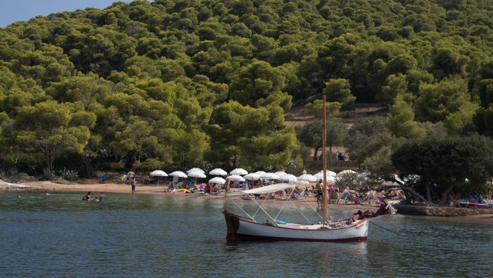 200 ευρώ για 4 μέρες: Το ιδανικό νησί για οικονομικές διακοπές -εξπρές πριν τις κανονικές του Αυγούστου