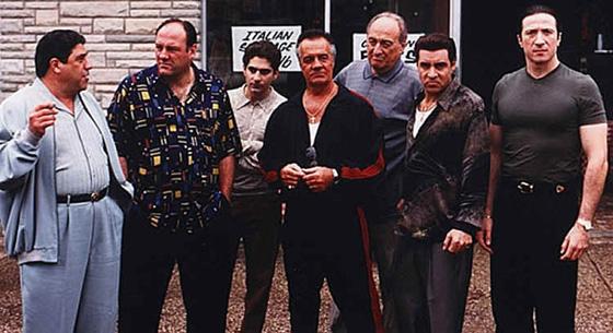 Βγαίνουμε στην Ομόνοια και πανηγυρίζουμε: Το Sopranos επιστρέφει!