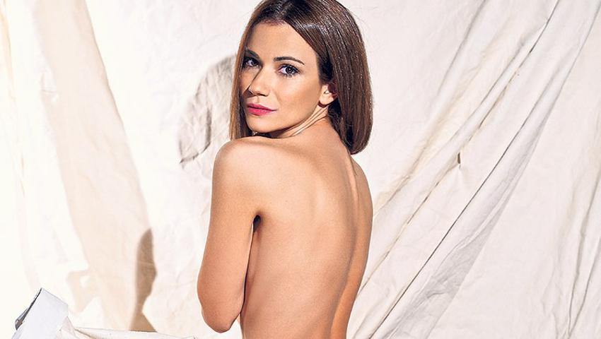 Άννα Μπουσδούκου: Η ωραιότερη γυναίκα του ΣΚΑΪ στις πιο σέξι λήψεις της (Pics)