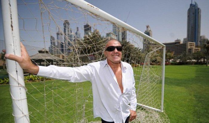 Football Maniac: O αθεράπευτος «εραστής» της μπάλας που μπήκε σε κλινική απεξάρτησης