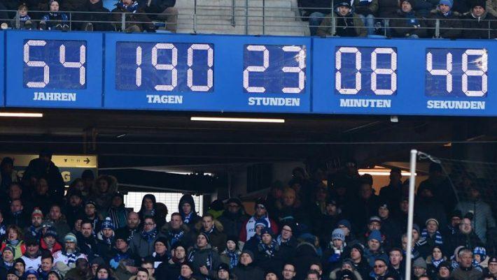 Τέλος χρόνου: Το περίφημο ρολόι του Αμβούργου «γέρασε» στα 54