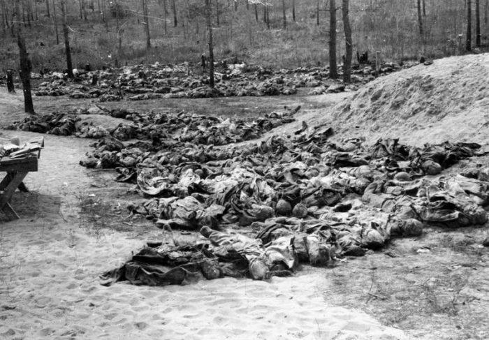 Η σφαγή του Κατίν: Ο φάκελος για ένα από τα πιο αποτρόπαια εγκλήματα της ιστορίας παραμένει ανοιχτός